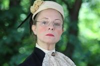 Portrait Frau Petrell (Stephanie Hottinger)
